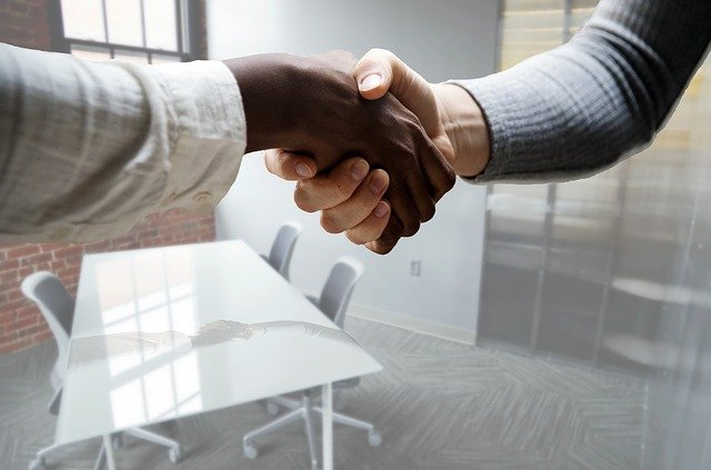 Comment développer une bonne relation avec ses clients ?